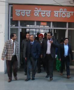 FCR Karan Avtar Singh conducts surprise checking of Tehsil, Fard Kendra