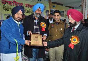 Farmers should take advantage of the government subsidies, Mantar Singh Brar