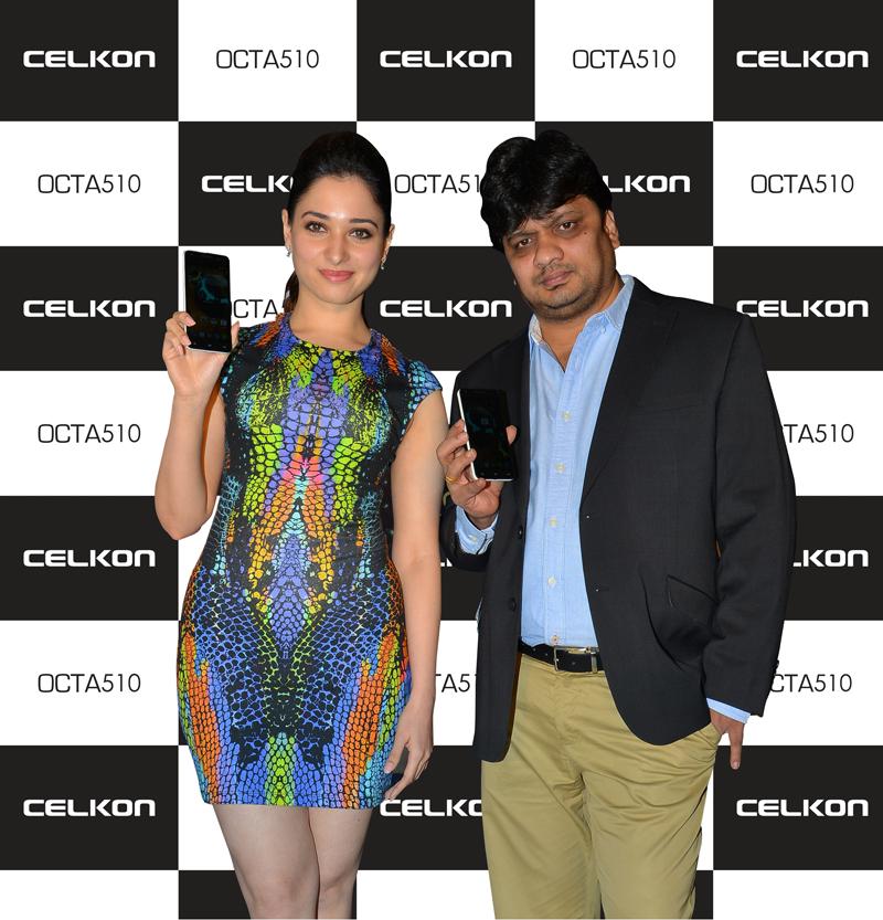 Mr.-Murali-Retineni-and-Ms-Tamannaah-Bhatia-launching-Celkon-Mobiles-new-handset---Celkon-Millennia-OCTO510