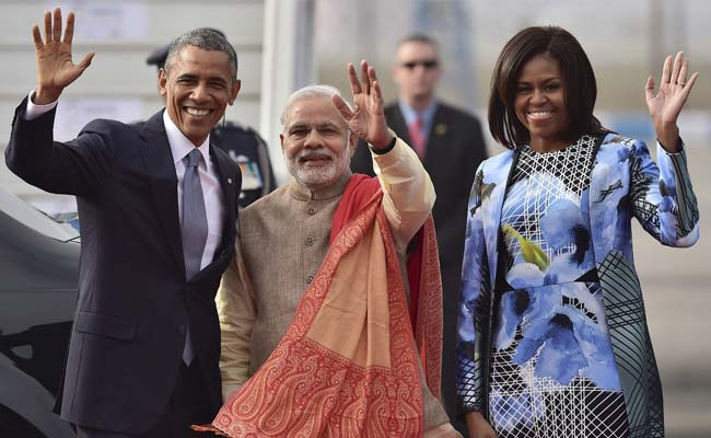 obama_modi_michelle_waving_PTI_650