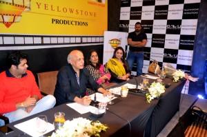Mahesh Bhatt to enter the Punjabi Film Industry through a Movie based on Indo-Pak Friendship
