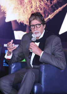 """Mr. Javed Shafi of  Premiere Production house hosted a perfect evening to """"Shamitabh"""" in the UAE"""