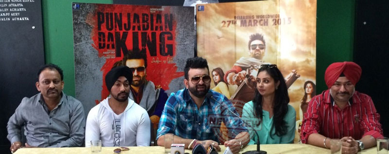 (L-R)-Surinder-Singh,-Producer,-Actor-Jarnail-Singh,-Navraj-Hans,-Bhanushree-Mehra-and-Director-Manduip-Singh-during-the-launch-of-Punjabian-Da-King-movie-launch-press-conference