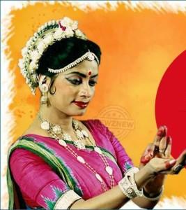 Padma Shri Mrs. Geeta Mahalik performs at BML Munjal University