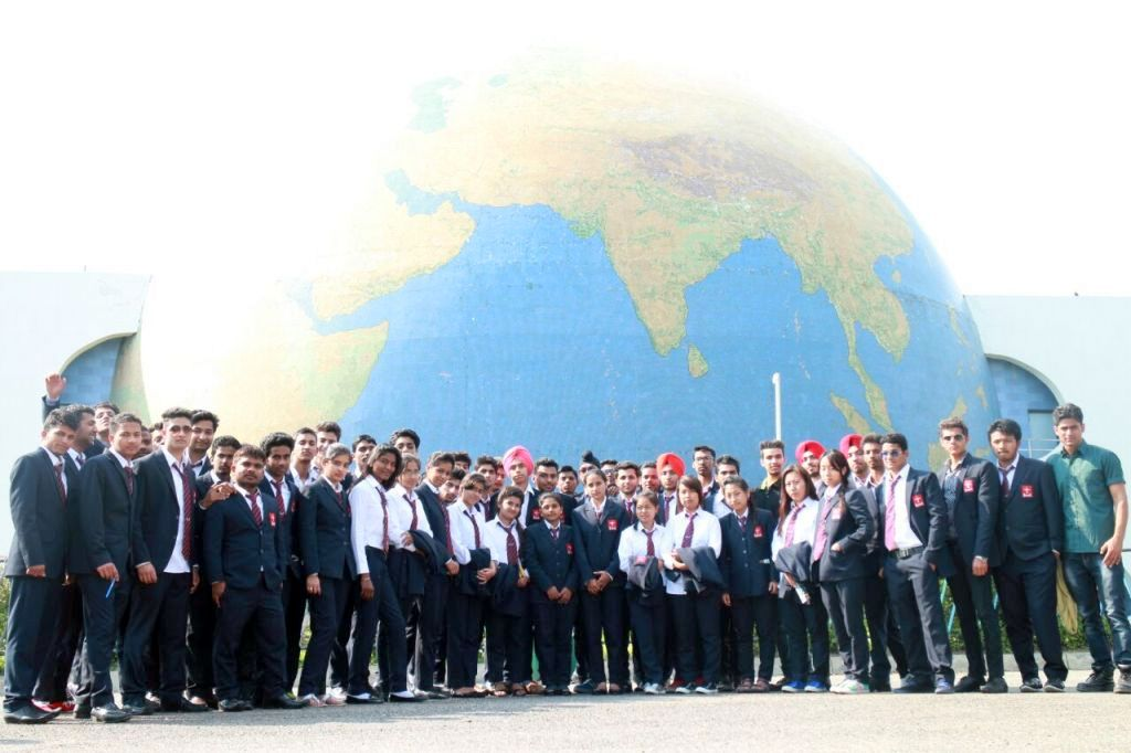 Quest Group students visit Pushpa Gujaral Science City
