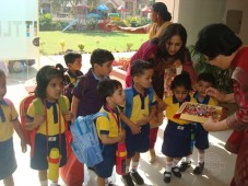 SMD Little Champ Smart School organises traditional welcome for Tiny Tots