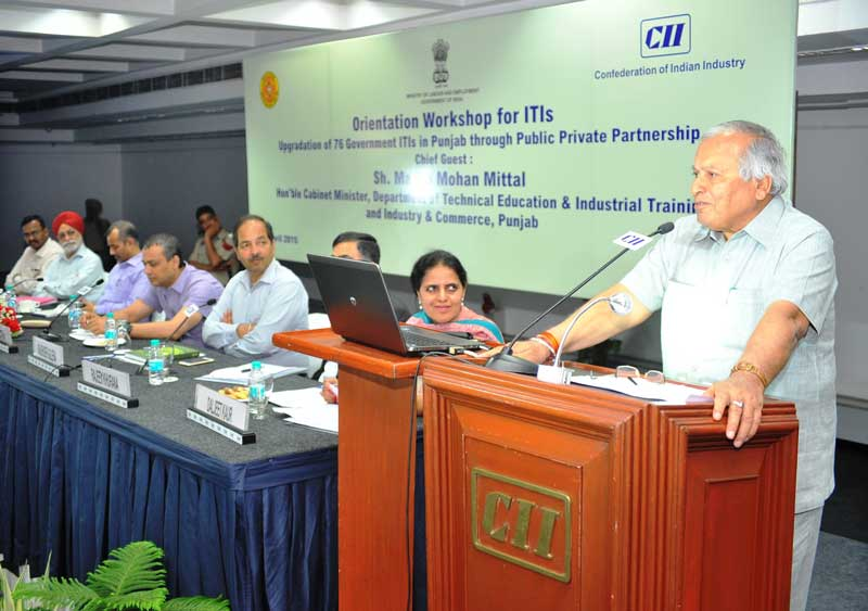 Mr-Madan-M-Mittal,-Minister-of-Technical-Education-and-Industry-&-Commerce,-Punjab-addressing-Orientation-Workshop-organised-by-Confederation-of-Indian-Industry-(CII)-and-Punjab-Govt-at-CII-NR-headquarters-in-sector-31