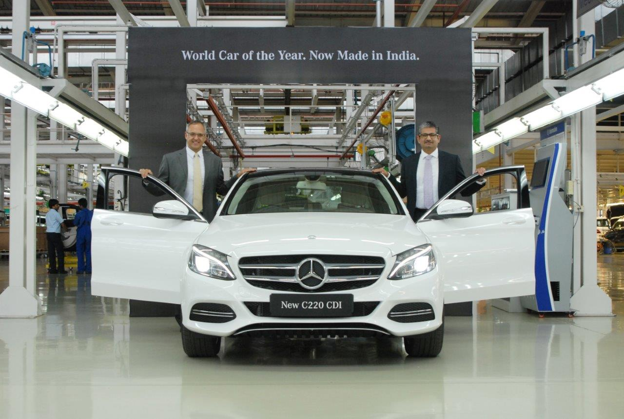 1. Mr. Eberhard Kern (left), Managing Director & CEO, Mercedes-Benz India and Mr. Piyush Arora (right), Executive Director, Operations, Mercedes-Benz India. with the new locally produced  Mercedes-Benz C 220 CDI