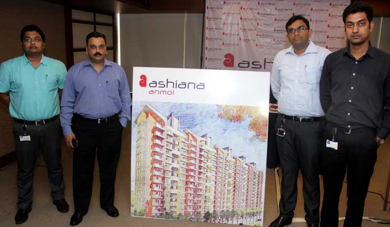 Col-Shantanu-Haldule-VP-Ashiana-Housing-Ltd-at-the-launch-of-Ashiana-Anmol-Group-Housing-project-in-Sohna-(2)