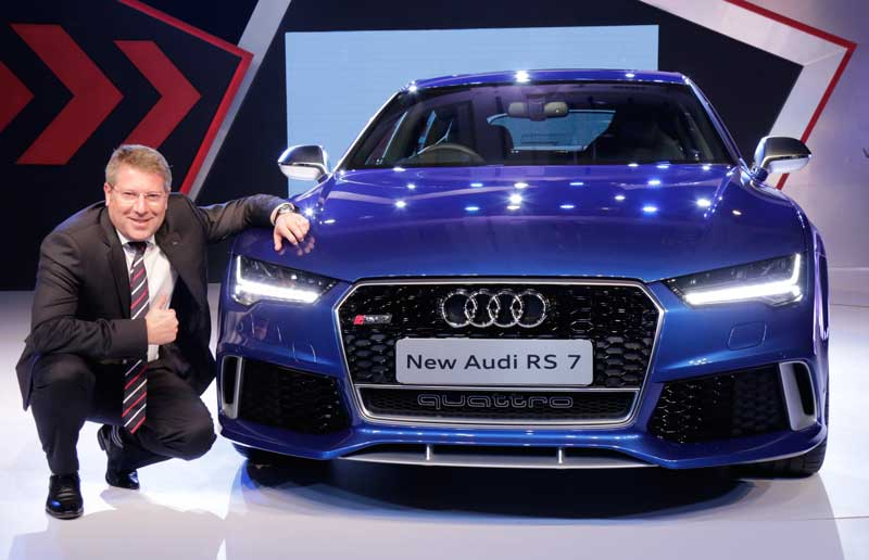Mr.-Joe-King,-Head,-Audi-India-with-the-new-Audi-RS-7-Sportback-launched-at-INR-14,020,750_--(ex-showroom-Mumbai-and-Delhi)_2