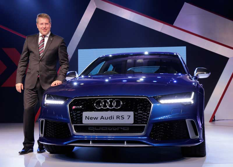 Mr.-Joe-King,-Head,-Audi-India-with-the-new-Audi-RS-7-launched-at-a-price-of-INR-14,020,750_--(ex-showroom-Mumbai-and-Delhi)_1