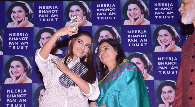 Neerja-Bhanot-Awards1