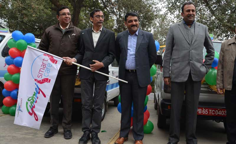 Second-from-Left--Mr-Ravi-Bhat-National-Service-Head-Godrej-Appliances-during-flagging-off-of-Godrej-Appliances-'Smart-Mobile-Service-Van'-at-Mohali-Plant
