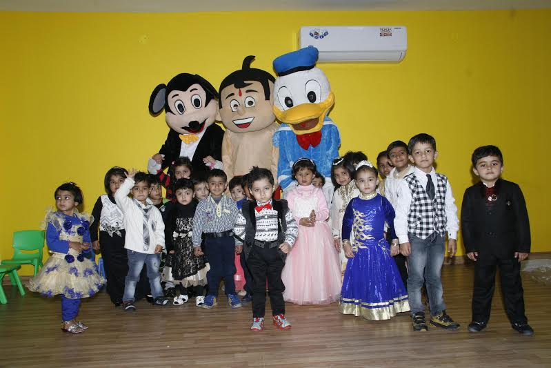Atticus International School organized 'Healthy Baby and Smart Kid Show' in the school campus.