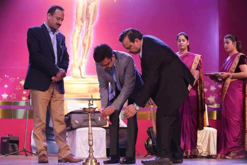 CHD-Mayor-Arun-Sood,-Home-secretary-Anurag-Agarwal-and-Chief-Financial-Officer-Vijay-Garg-MY-FM