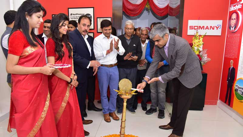 Somany-Ceramics-Mr-Abhishek-Somany-lighting-the-lamp-at-inauguration-of-Experience-center-in-Chandigarh-Feb-2016