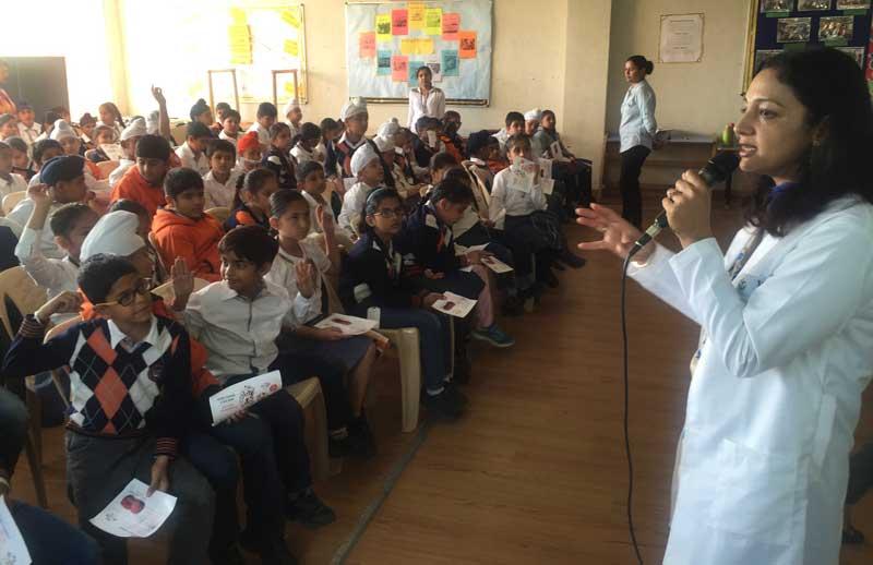 Dr-Raka-Kaushal-at-Oakridge-School.-2