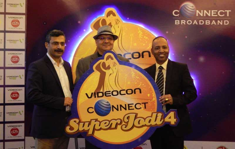Mr.-Arvind-Bali-(C),-Director-and-CEO,-Connect-Broadband-&-Videocon-Telecommunications-Limited,-Mr.-Prem-Ojha-(R)-COO,-Connect-Broadband,-and-Mr.-Sanjay-Bahl-(L)VP-Marketing-and-Sales,-Connect-Broadband