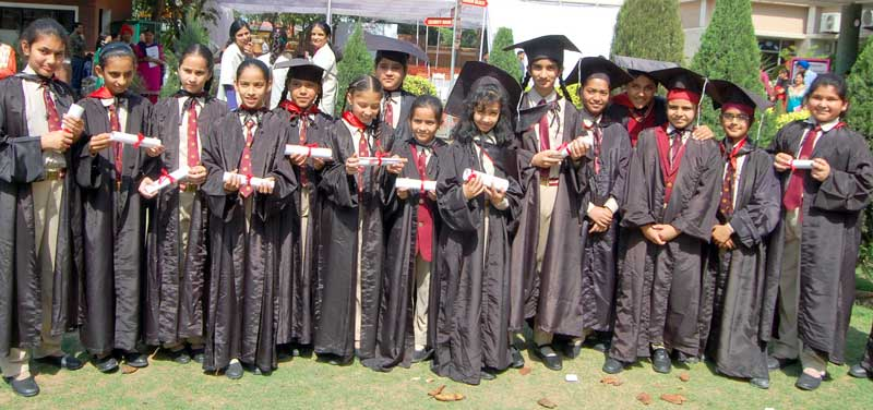 Shemrock-Senior-Secondary-School-conducted-Graduation-for-class--UKG--to--5th-classes-with-full-zeal-and-zest--2