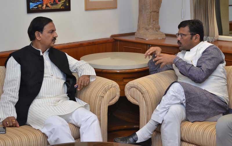 Union-Minister-Dr.Mahesh-Sharma-&-Kamal-Sharma