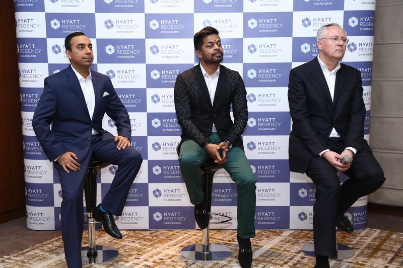 L-R-Mr.-Puneet-General-Manager,-Hyatt-Regency-Chandigarh,-Baijal,-Mr.-Shrikant-Bhasi,-Chairman,-Carnival-Group,-Mr