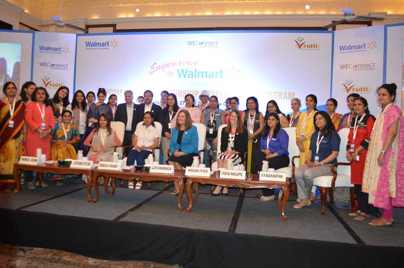 Mr.-Krish-Iyer-and-Ms.Jenny-Grieser-with-Women-Entrepreneurs