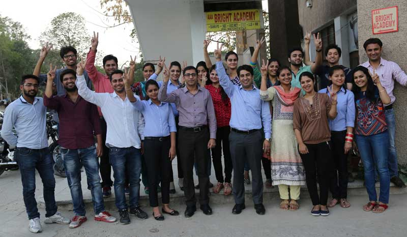 Pic-Students-and-Teachers-in-Jubiliant-mood-after-selection-in-Bank--PO-at-sector-15-AAA-BRIGHT-ACADEMY