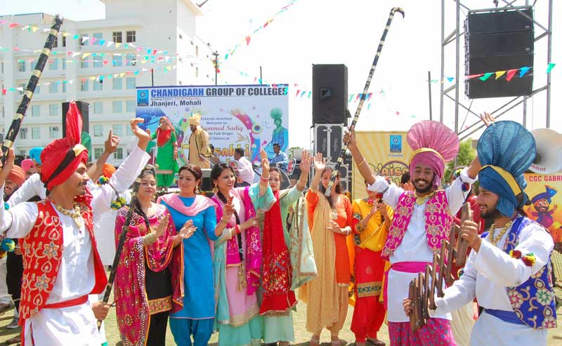 Traditional-fervor-marks-Baisakhi-celebrations-at-CGC-Jhanjeri-2