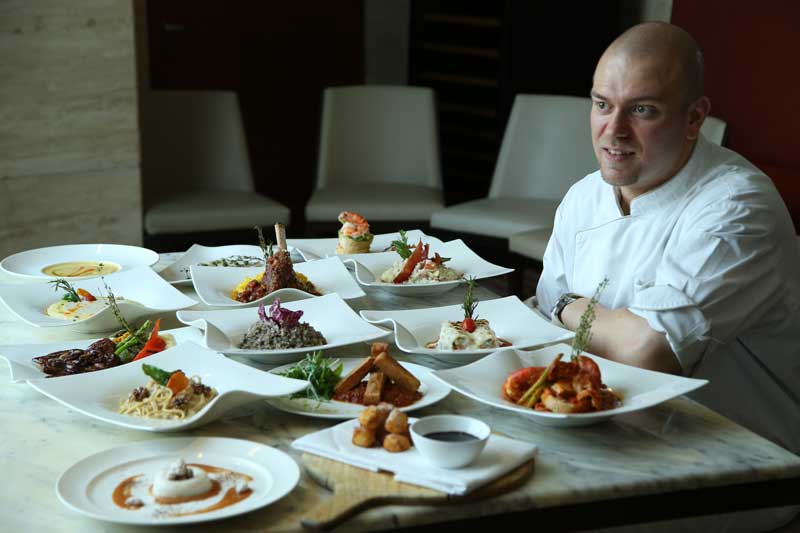 Chef-Alessio-displaying-the-North-Italian-Cuisine