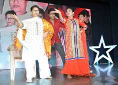 Saroj Khan endorses Rinhee's MSM Dance School at Rhythm Universe 2016 held at Vashi