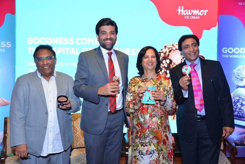 Havmor-From-L-R-(Bobby-Pawar,-Ankit-Chona,-Rekha-Chona-and-Pradeep-Chona)