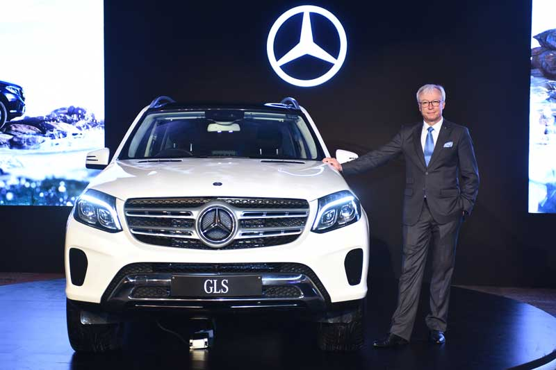 Mr.-Roland-Folger,-Managing-Director-&-CEO,-Mercedes-Benz-India-at-the-Mercedes-Benz-GLS-350-d-launch-(2)