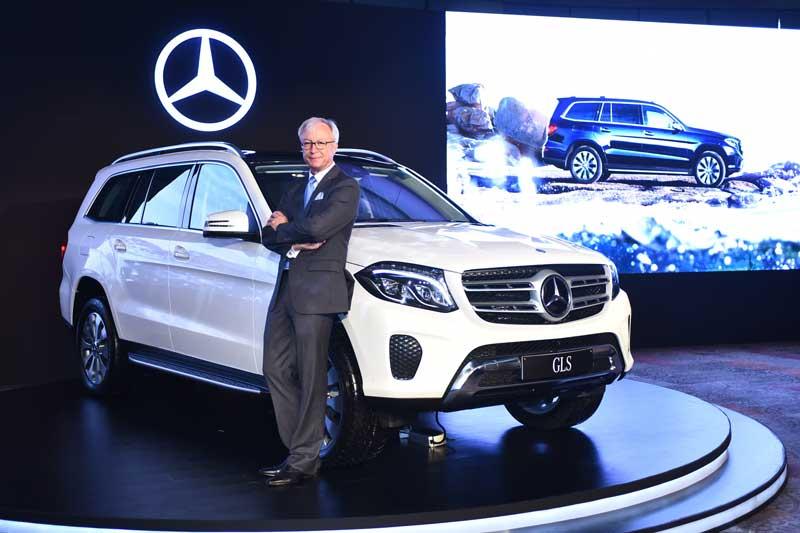 Mr.-Roland-Folger,-Managing-Director-&-CEO,-Mercedes-Benz-India-at-the-Mercedes-Benz-GLS-350-d--launch