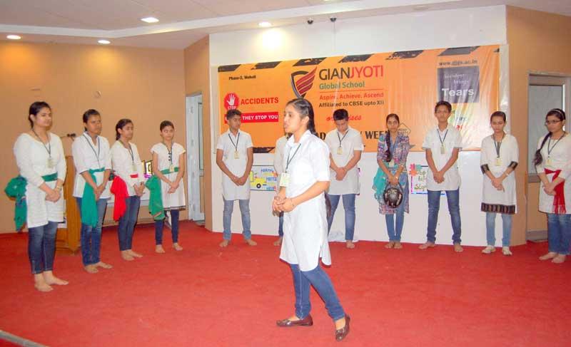 Road-Safety-Week-organized-at-Gian-Jyoti-Global-School3