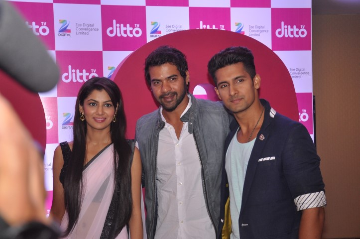 Sriti Jha, Shabir Ahuwalia and Ravi Dubey at the launch of dittoTV_1 (Small)