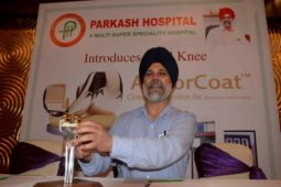 Parkash Hospital announces the implantation of the first 3D Knee ArmorCoat system