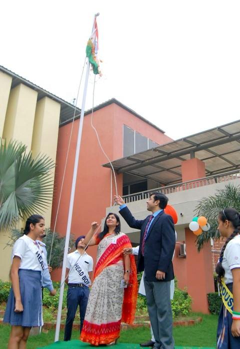 School Director, Abhishek Sharma and the School Principal, Ramanjit for the flag hoisting. (Small)