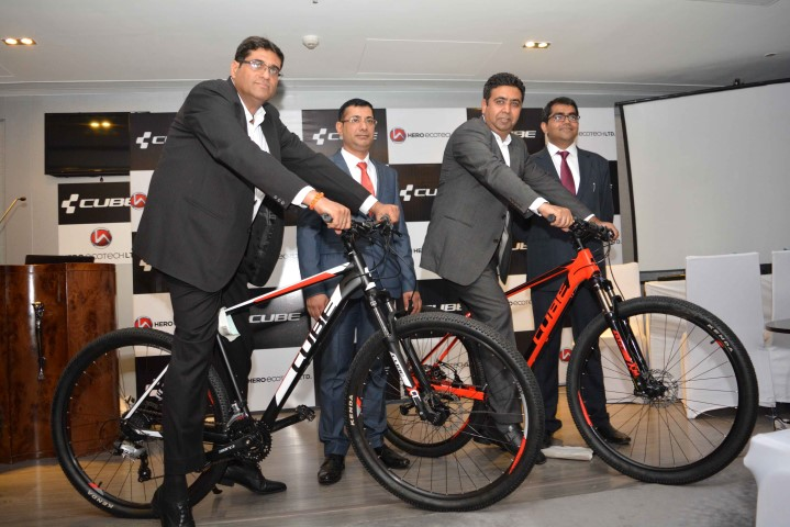 From L to R - Yashunandan Varma, GM-Sales; Lokesh Malhotra - COO; Gaurav Munjal, Managing Director, Hero Ecotech Ltd, Ritesh Arora, DGM - International Business (Small)
