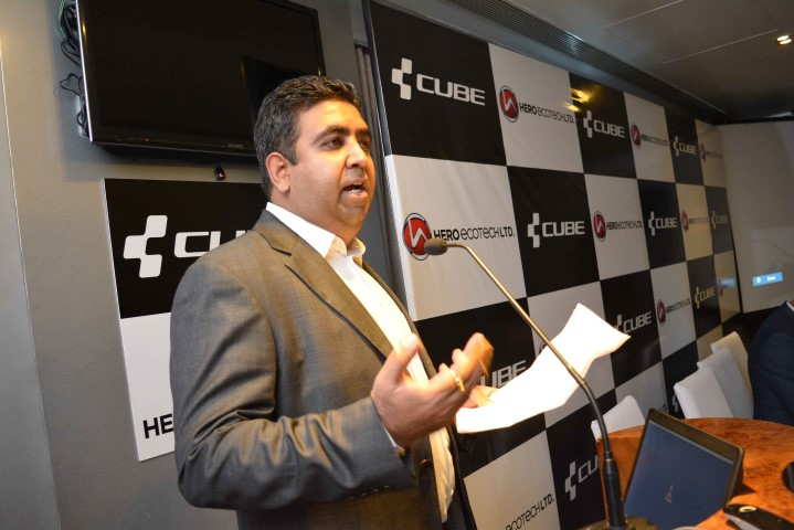 Gaurav Munjal, Managing Director, Hero Ecotech Limited addressing media in Ludhiana during the launch of CUBE (Small)