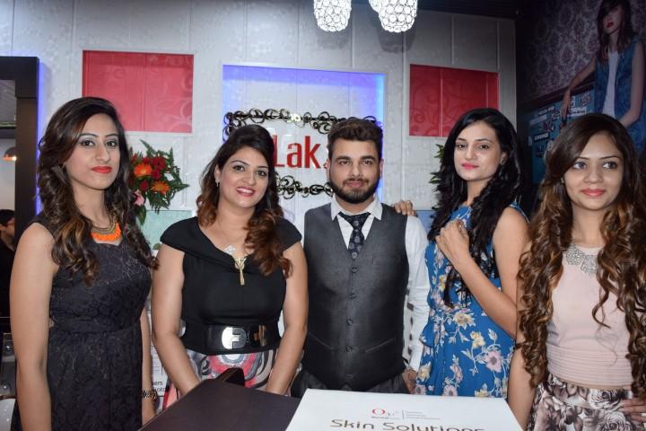 Lakx unisex Salon launch at 34C, Chandigarh 2 (Small)