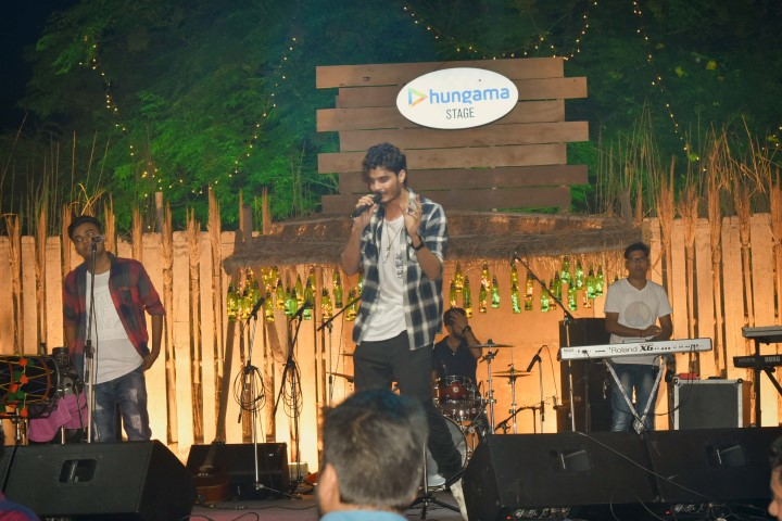 pic-1-caption-artists-performing-at-lager-and-barrel-festival-small