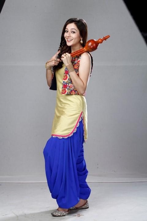 Priyal Gor as Icchapyaari Naagin_2 (Small)