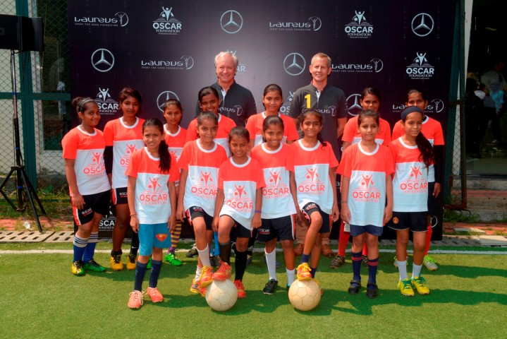 mr-roland-folger-md-ceo-mercedes-benz-india-and-andy-griffiths-global-director-laureus-sport-for-good-with-oscar-foundation-kids-small