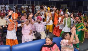Cancer Survivors come together on the eve of Breast Cancer Awareness Month at Fortis Hospital Mohali