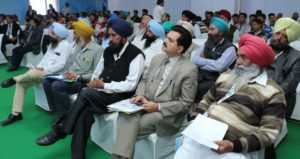 Fishing for new avenues, farmers learn about fish farming at CII Agro Tech 2016
