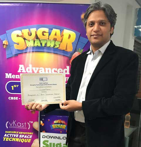 neeraj-jewalkar-founder-of-sugar-maths-with-the-tie-isb-connect-award-for-best-tech-startup-small
