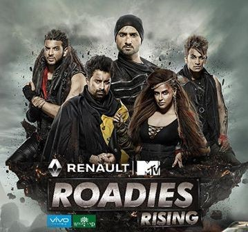 gang-leaders-rannvijay-singha-neha-dhupia-karan-kundra-and-prince-narula-with-a-brand-new-adventure-squad-member-ace-indian-off-spinner-harbhajan-singh-small