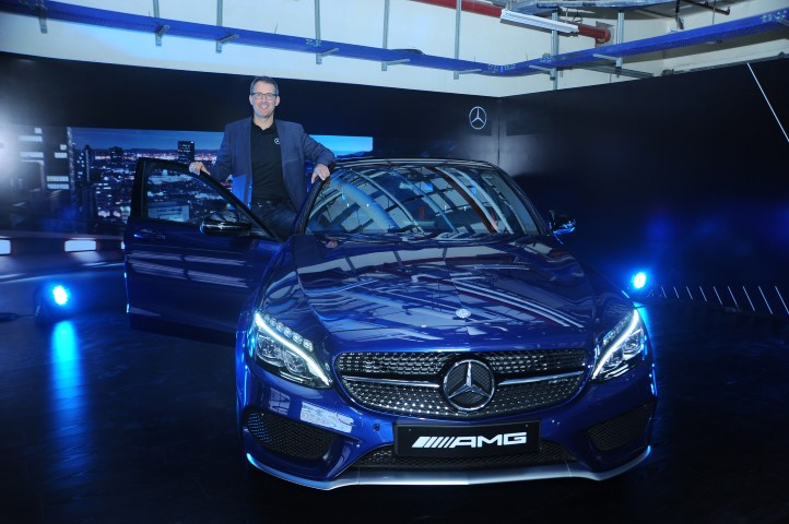 mr-michael-jopp-vice-president-sales-and-marketing-mercedes-benz-ind-2-small