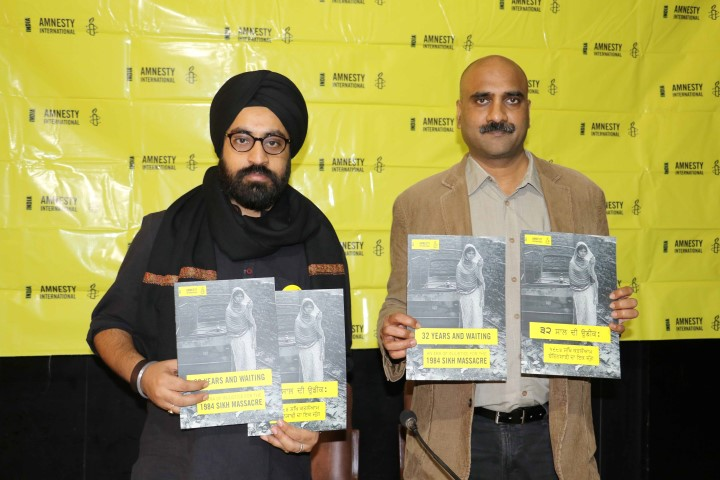sanam-sutirath-wazir-campaigner-left-and-manoj-mitta-right-noted-author-at-amnesty-international-india-addressing-media-at-the-launch-of-campaign-digest-on-1984-sikh-massacre-at-chandigarh-pres