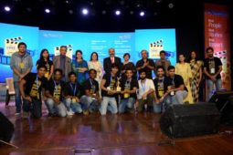 Shaina NC, Piyush Pandey and G.M. Rao felicitate winners of YES! i am the CHANGE
